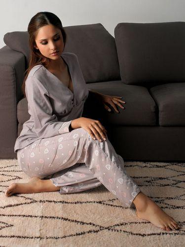 la chemise de nuit grossesse et le pyjama de grossesse. Black Bedroom Furniture Sets. Home Design Ideas